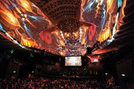 3D全息投影打造高级全息宴会厅,需要注意哪些事项呢?
